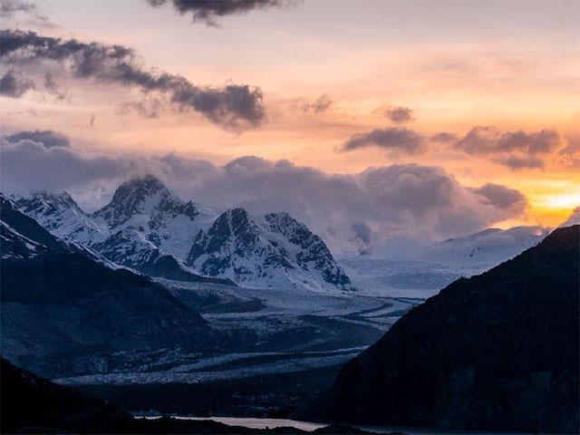 藏东秘境8天7晚定制游 :天堂与雪山相遇的地方
