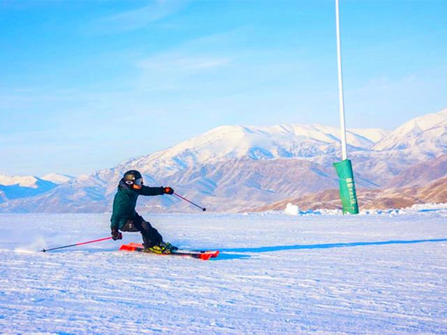 【享游神舟/6人发团】新疆天山天池+将军山欢乐滑雪+喀纳斯禾木村 10 日游